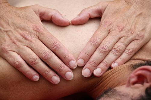 Aanraken-in-verbinding-Massage-koppels_CursuscentrumdeSchans